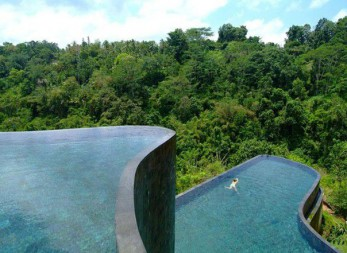 The earth paradise resort in Bali